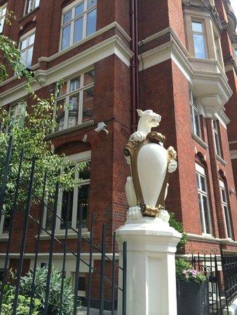 St. Ermin's Hotel, Autograph Collection : Exterior St. Ermin's Hotel - London