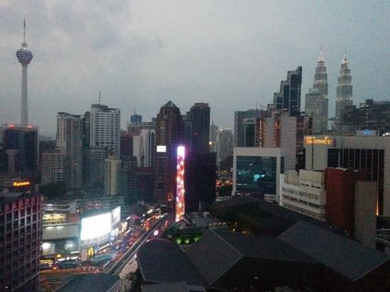 Hotel Royal Kuala Lumpur: Room view as night fell
