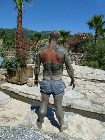 Dalyan Mud Bath: Drying in the Sun