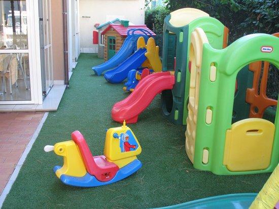 Hotel Gioiosa: giochi in hotel