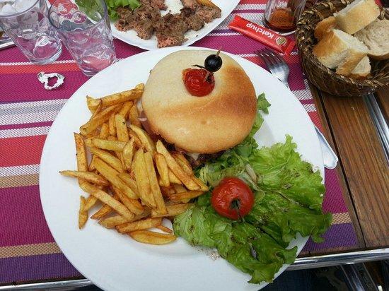 La Bodega : Hamburger maison