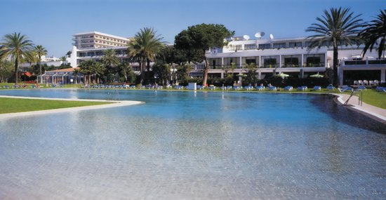 ‪Atalaya Park Golf Hotel and Resort‬