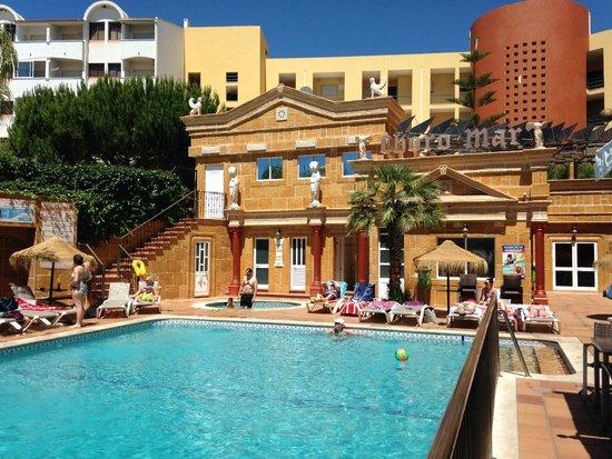Choromar Apartments: Piscina aquecida