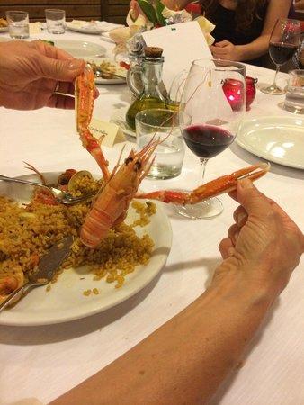 Restaurante Barceloneta: Ok, had to play with the food