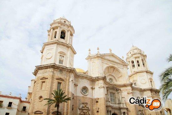 Cadiz Inn Backpackers: Cadiz Cathedral