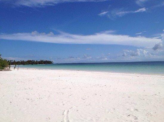 KonoKono Beach Resort: La sabbia
