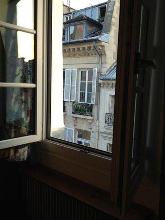 Hotel Saint Paul Rive Gauche : Window View