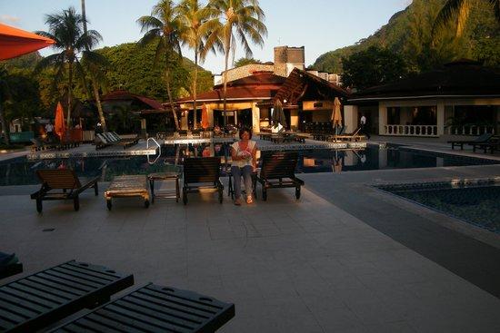 Berjaya Beau Vallon Bay Resort & Casino - Seychelles: area piscina