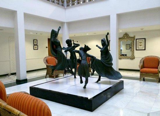 ITC Rajputana, Jaipur: Sculptures on display..