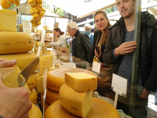 Amsterdam Delicious: Kaas van Maarten op de Boerenmarkt Noordermarkt