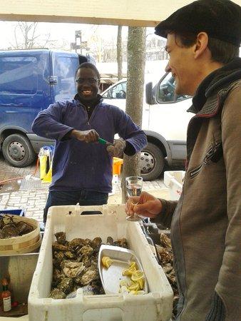 Amsterdam Delicious: Noordermarkt Oysters & Bubbles
