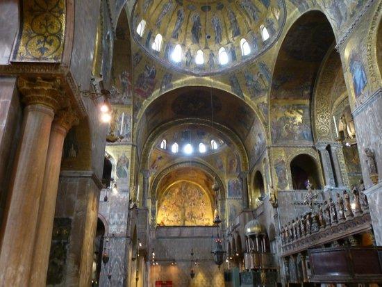Markusdom (Basilica di San Marco): Mosaici dorati