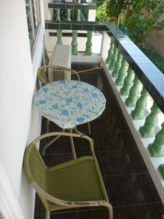 Bella Tropicana Hotel & Guesthouse: Balcony