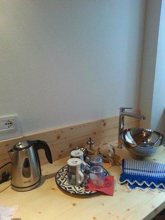 Locanda Itinerande : puoi farti una tisana in camera