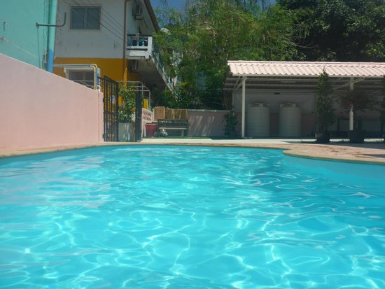 Bella Tropicana Hotel & Guesthouse: Pool