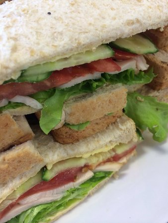 The Modern Grocer: Sandwiches galore