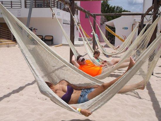 Playa Mia Grand Beach & Water Park: Relaxing