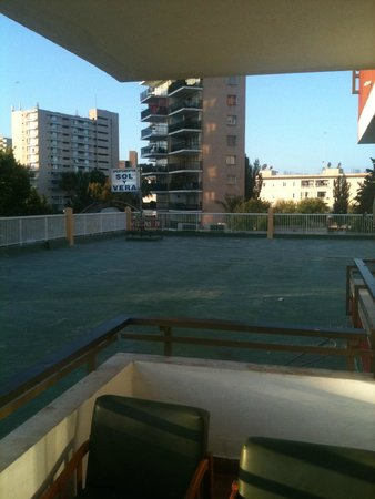 Sol y Vera Apartments: View from 1st floor balcony