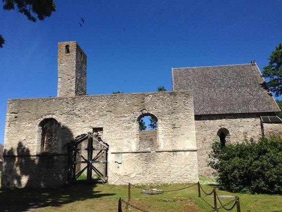Развалины церкви Кяйна