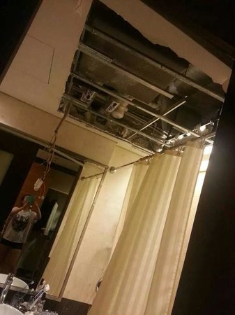 Impiana KLCC Hotel: ceiling can't hold us. literally.