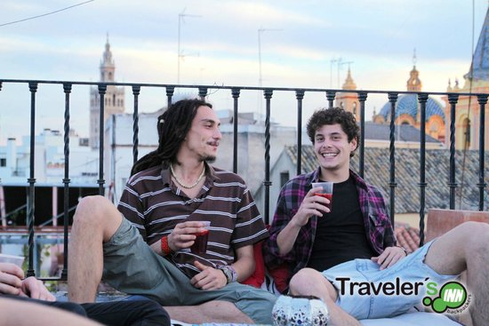 Traveler's Inn Seville : Chill-INN
