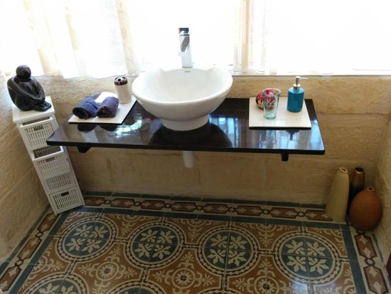 Mia Casa Bed and Breakfast Gozo: Il bagno