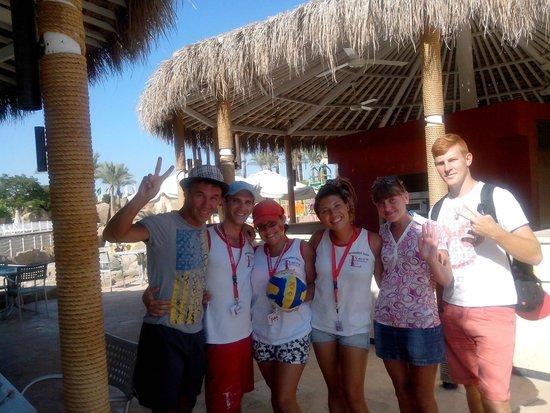 Reef Oasis Beach Resort : Аниматоры Херардо,Куба,Камила,Арсен