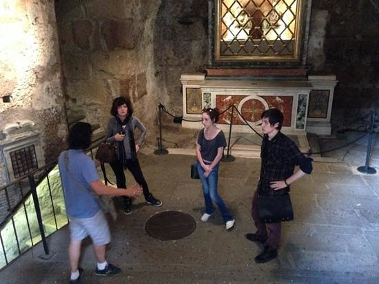 Italy Hotline Custom and Gourmet Tours: Alone in the cell where St. Peter was imprisioned, with our guide Ettore