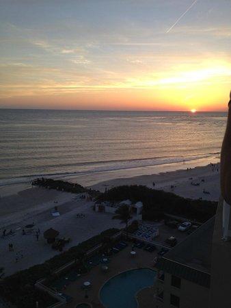 Lido Beach Resort: Sunset from the balcony