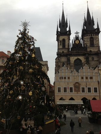 Charles Bridge Economic Hostel: Christmas Market