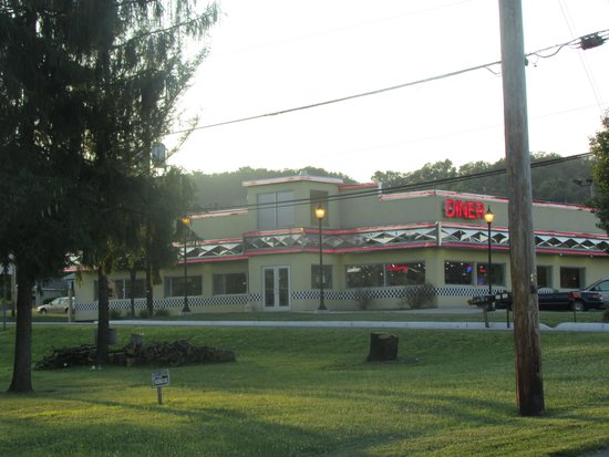 The Diner: From across the street