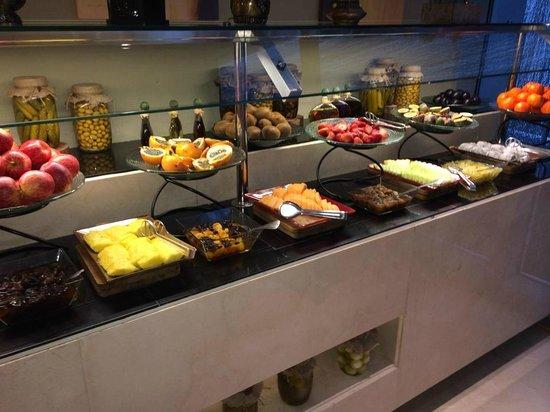 The Address Dubai Mall : Amazing Breakfast