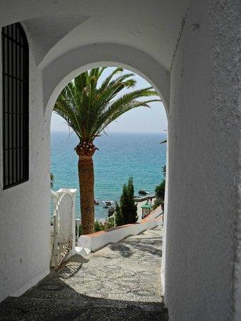 Balcon de Europa : Romantischer Durchgang