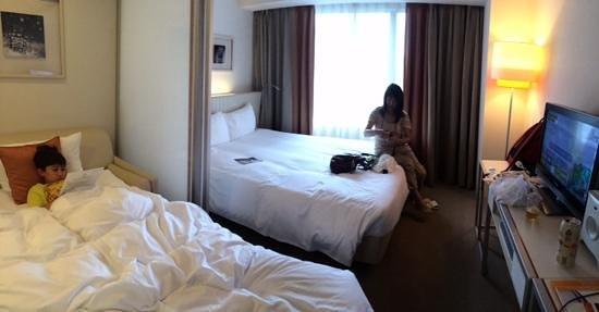 Citadines Karasuma-Gojo Kyoto: Een extra bed op de kamer. Wat krap, maar goed te doen.