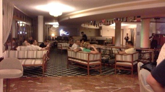 Bahia del Sol Hotel: inside bar