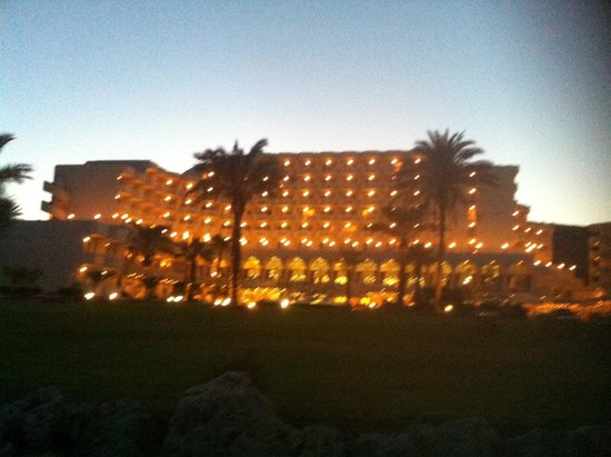 Rodos Palladium : Hotel by night