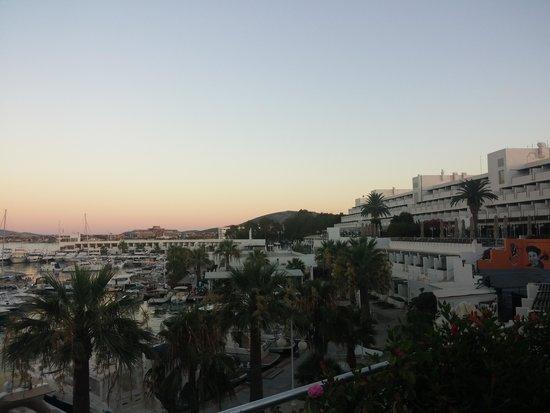 Altin Yunus Resort & Thermal Hotel: marina&hotel