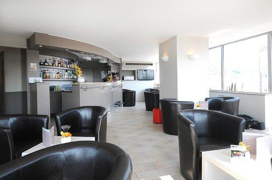 Splendid Hotel & Spa: L'EssenCiel Bar