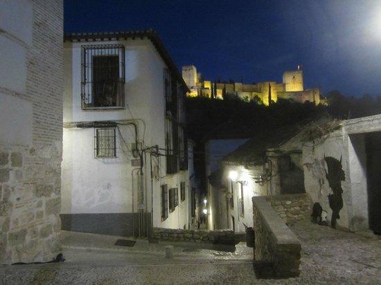 Albayzin: в лабиринтах ночного Альбасина