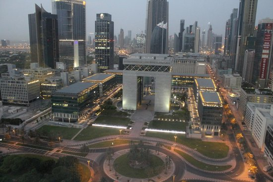 Jumeirah Emirates Towers: Partial Burj Khalifa View