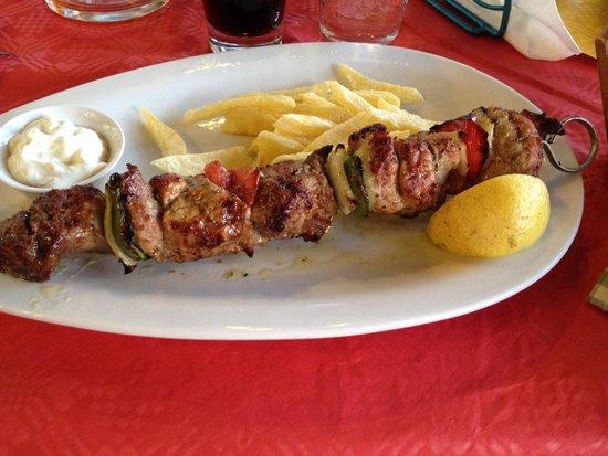 Taverna Dionyssos: Soulvaki