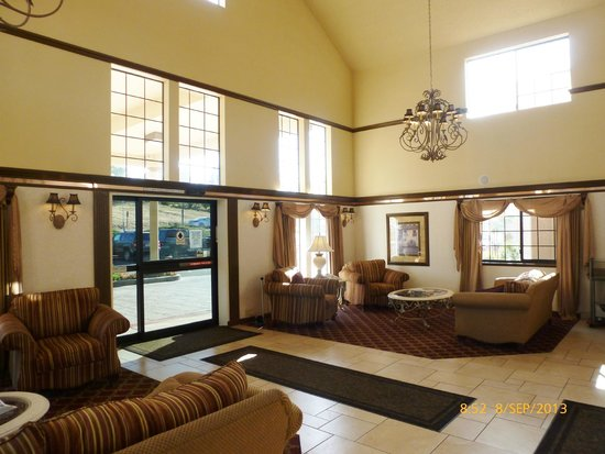 Best Western Plus Colony Inn: lobby