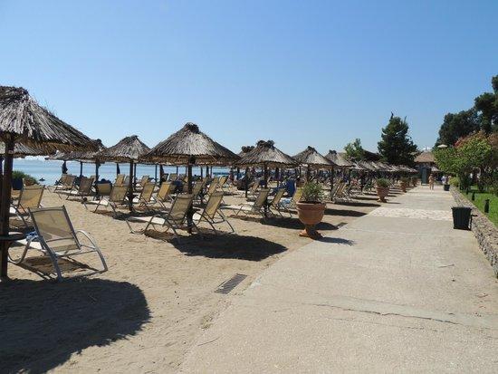 Kontokali Bay Resort and Spa: Privé strand