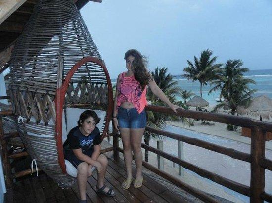 Resort Boutique El Fuerte: vista desde el balcón, la única distancia de la playa es el malecon