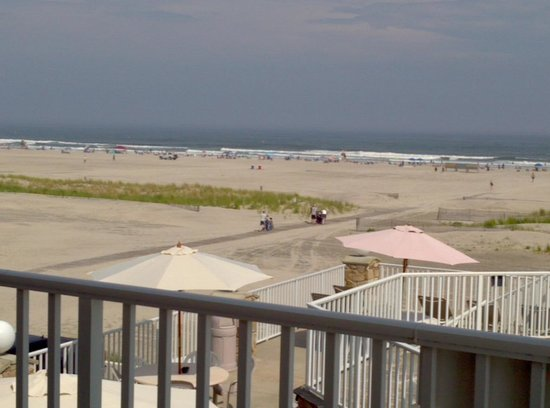 Lampliter Oceanside Resorts : The view from our room