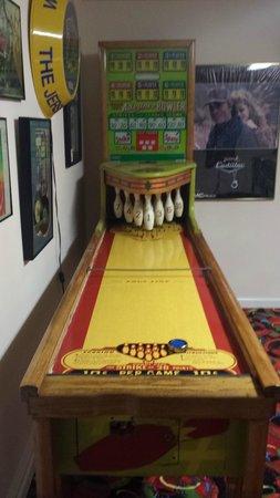 Summer Nites Bed & Breakfast : Game Room