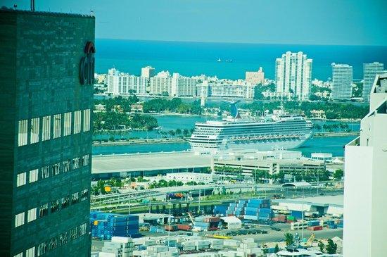 JW Marriott Marquis Miami : Room view