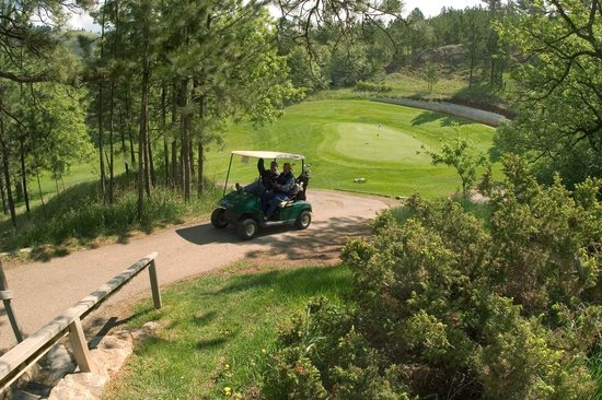 Deadwood Gulch Resort: Golfing nearby