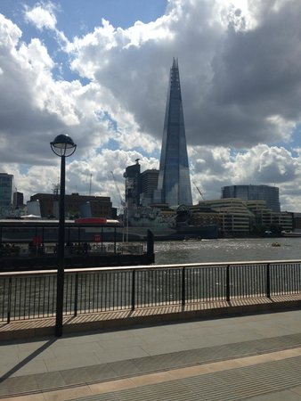 Premier Inn London Tower Bridge Hotel: views from london bridge 5 mins from hotel