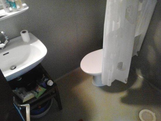 VVF Villages Vendes : salle de bain chalet 3 personnes